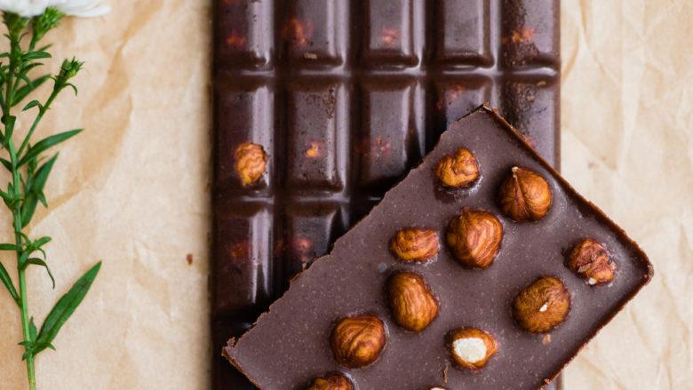 Ganze Nuss Schokolade